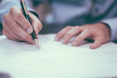 ¿Por qué leer las letras chiquitas de tu contrato de compraventa