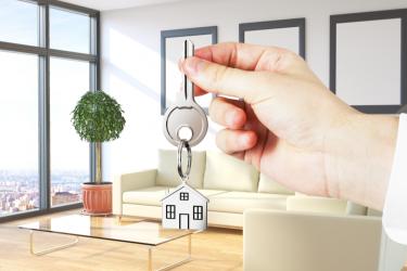 ¿Qué impuestos pago al alquilar mi propiedad?